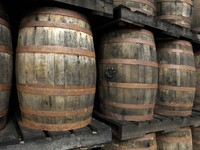 Мартиника. France, Martinique, old barrels of rum in a distillery. Фото Philippe Halle - Depositphotos