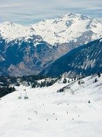 View at Courchevel ski resort, French Alps. Фото dnaumoid dnaumoid - Depositphotos