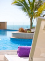 ОАЭ. Дубаи. Moevenpick Jumeirah Beach. Swimming Pool