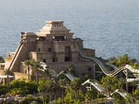 ОАЭ. Дубай. Atlantis, The Palm - Marine & Waterpark - Aquaventure Waterpark - Aquaventure Aerial