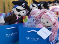 ОАЭ. Дубай. Atlantis, The Palm - Guest Activities - Kids Activities - Goodie Bags