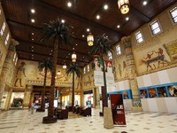 ОАЭ. Дубай. Молл Ибн Батута.  Interior of the Ibn Battuta Mall in Dubai. Фото Philip Lange - Depositphotos