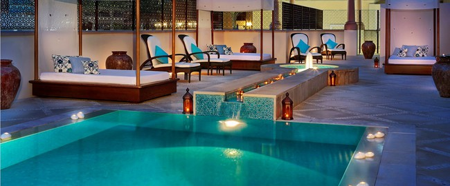 ОАЭ. Дубай. The Ritz-Carlton, Dubai. Spa Pool