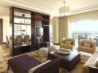 ОАЭ. Дубай. The Ritz-Carlton, Dubai. Royal Suite Living Room
