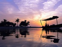ОАЭ. Рас-эль-Хайма. Banyan Tree Ras Al Khaimah Beach. Sunset Abra Cruise
