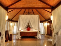 ОАЭ. Рас-эль-Хайма. Banyan Tree Ras Al Khaimah Beach. Beach Villa Bedroom