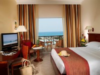 ОАЭ. Фуджейра. Fujairah Rotana Resort & Spa - Al Aqah Beach.