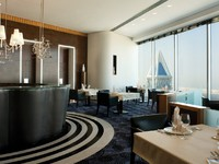 ОАЭ. Дубай. Jumeirah Emirates Towers. Vu's Restaurant - Dayshot