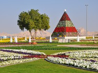 ОАЭ. Аль Айн. Al Ain Paradise Gardens. Фото Ritu JethaniDepositphotos