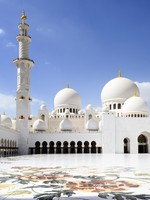 Абу-Даби. Мечеть шейха Зайда. Sheikh Zayed Mosque in Abu Dhabi. Фото beatrice preve - Depositphotos