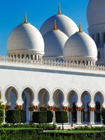 Абу-Даби. Мечеть шейха Зайда. Sheikh Zayed Grand Mosque, Abu Dhabi, UAE. Фото Sophie_James - Depositphotos