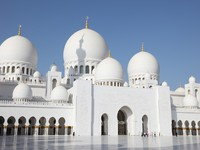 Абу-Даби. Мечеть шейха Зайда. Sheikh Zayed Mosque in Abu Dhabi, UAE. Фото philipus - Depositphotos
