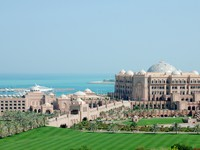 ОАЭ. Абу-Даби. Emirates Palace. Фото danielphoto - Depositphotos