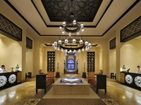 ОАЭ. Абу-Даби. Qasr Al Sarab Desert Resort by Anantara. Main reception