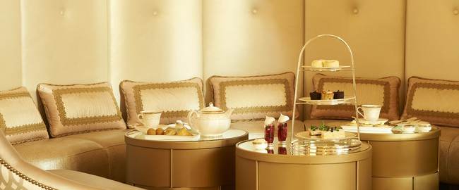 ОАЭ. Абу-Даби. The St. Regis Abu Dhabi. Afternoon Tea Ritual