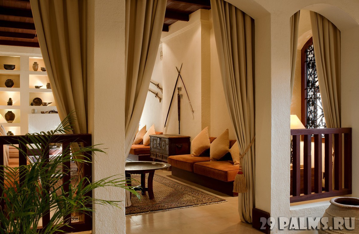 ОАЭ. Дубай. Al Maha, A Luxury Collection Desert Resort & Spa. Lobby Lounge