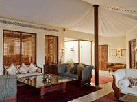 ОАЭ. Дубай. Al Maha, A Luxury Collection Desert Resort & Spa. Presidential Suite - Lounge
