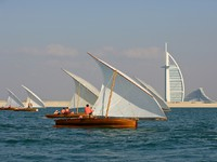 ОАЭ. Дубай. Racing Dhows. Фото David Steele - Depositphotos