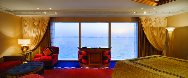 ОАЭ. Дубаи. Burj Al Arab. Deluxe suite 1-bedroom