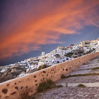 Греция. Санторини. Sunset in Oia Santorini. Фото sophie bengtsson - Depositphotos
