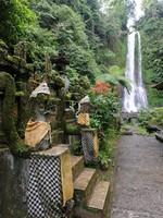 Клуб путешествий Павла Аксенова. Индонезия. Бали. Водопад. Гитгит Фото Fotoember-Depositphotos