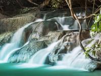 Клуб путешествий Павла Аксенова. Индонезия. Бали. Водопад Гитгит. Фото saiko3p - Depositphotos