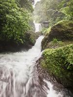Клуб путешествий Павла Аксенова. Индонезия. Бали. Водопад Мундук. Фото saiko3p-Depositphotos