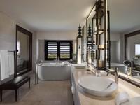 Клуб путешествий Павла Аксенова. Индонезия. О.Бали. St. Regis Ocean View Suite - Bathroom