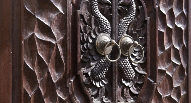 Клуб путешествий Павла Аксенова. О.Бали. Banyan Tree Ungasan. Miscell Indonesian carving