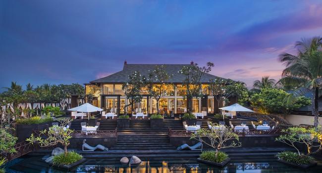 Клуб путешествий Павла Аксенова. О.Бали. The St.Regis Bali ResoKayuputi Restaurant