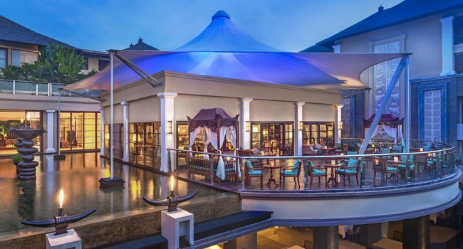 Клуб путешествий Павла Аксенова. О.Бали. The St.Regis Bali. King Cole Bar