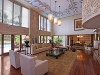 Индонезия. О.Бали. The Laguna Resort & Spa. Grande Lagoon Suite - Living Room