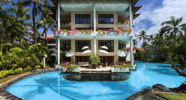 Индонезия. О.Бали. The Laguna Resort & Spa. Grande Lagoon Suite - Pool Deck