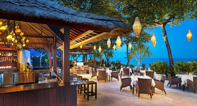 Клуб путешествий Павла Аксенова. Индонезия. О.Бали. The Laguna Resort & Spa. Arwana Bar