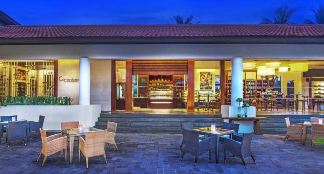 Клуб путешествий Павла Аксенова. Индонезия. О.Бали. The Laguna Resort & Spa.Cornerstone Deli Vinothek