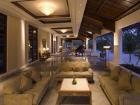 Клуб путешествий Павла Аксенова. Индонезия. О.Бали. The Laguna Resort & Spa. Balai Raya Foyer