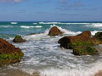 Израиль. Picturesque coast Mediterranean sea,Netanya, Israel. Фото Leonid Pilnik - Depositphotos