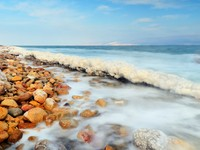 Израиль. Мертвое море. Salt formations in the Dead sea of Israel. Фото Sean Pavone - Depositphotos