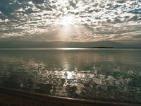 Израиль. Мертвое море. Sunrise over the Dead Sea in Israel. Фото Sergey Belov - Depositphotos