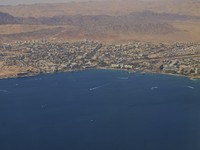 Израиль. Эйлат. Eilat with the Red Sea and harbour. Фото Luiten Kees - Depositphotos