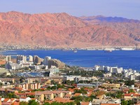 Израиль. View of Israeli resort city Eilat and Jordan Mountains. Фото Oleg Zaslavsky - Depositphotos