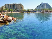 Израиль. Эйлат. Beach town of Eilat. Фото SERGEY SAVICH - Depositphotos