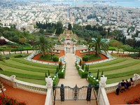 Израиль. Хайфа. Bahai temple gardens is famous sacred place in Israel. Фото Yuliya Kryzhevska - Depositphotos