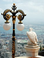Израиль. Хайфа. View of Haifa city and eagle statue,Israel. Фото Yuliya Kryzhevska - Depositphotos