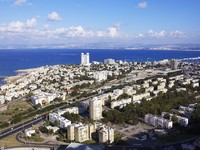 Израиль. Хайфа.  aerial view of Haifa city. Фото POOH11 Depositphotos