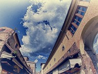 Италия. Флоренция.  Bottom-Up view of Ponte Vecchio in Florence. Фото Giovanni Gagliardi - Depositphotos