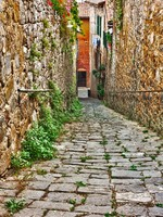 Италия. Тоскана. Old alley in Tuscany. Фото ermess - Depositphotos