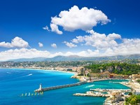 Франция. Лазурный Берег. Ницца. View of mediterranean resort, Nice, Cote d_Azur, France. Фото Liliana Fichter - Depositphotos