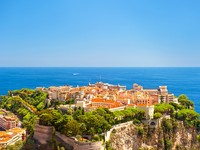 Монако. Panoramic view of Monaco with Princes Palace. Фото Liliana Fichter - Depositphotos