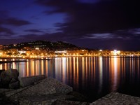 Франция. Лазурный Берег. Канны. The city of Cannes, France, at night. Фото Andreas Karelias - Depositphotos